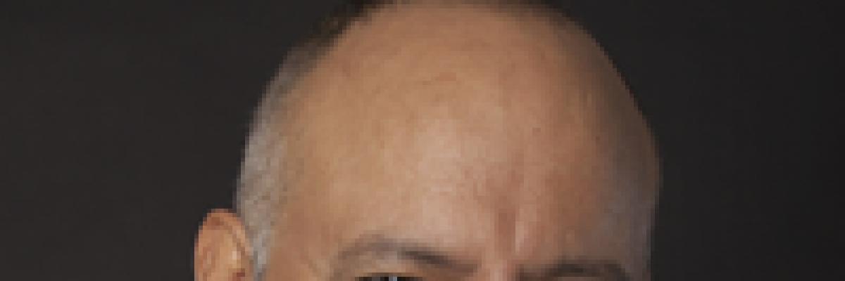 Mario Roche Morales, Doctor