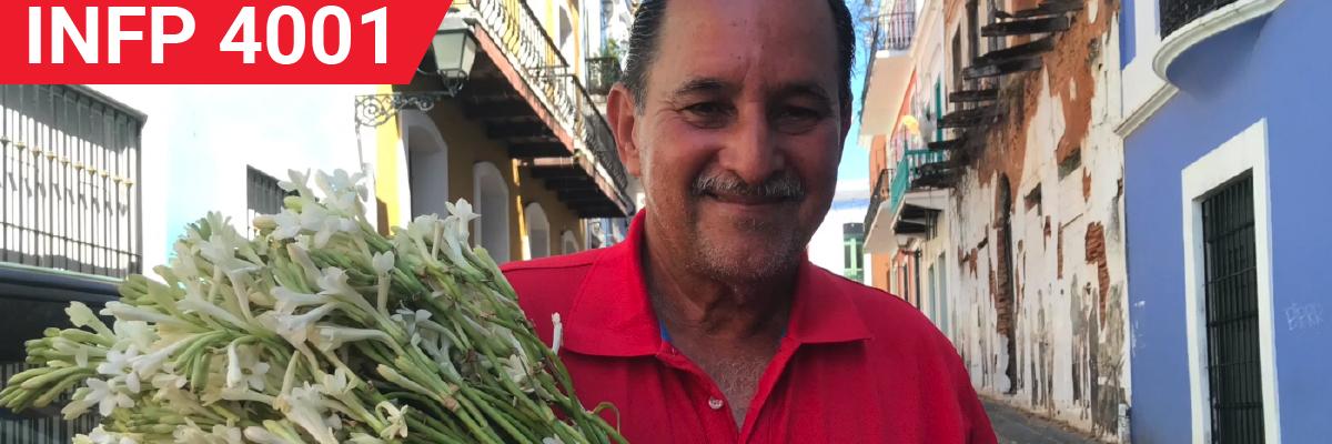 Fotogalería – Vendedor de azucenas aromatiza el Viejo San Juan